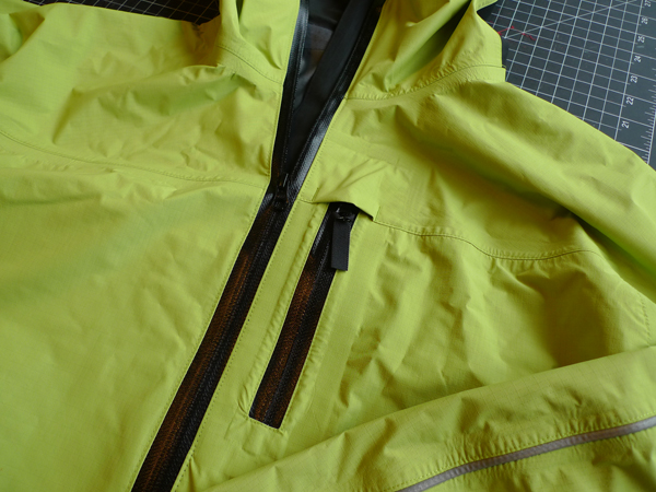 waterproof jacket zips