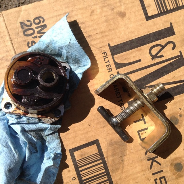 Custom DIY machined oil pump puller for Vanagon
