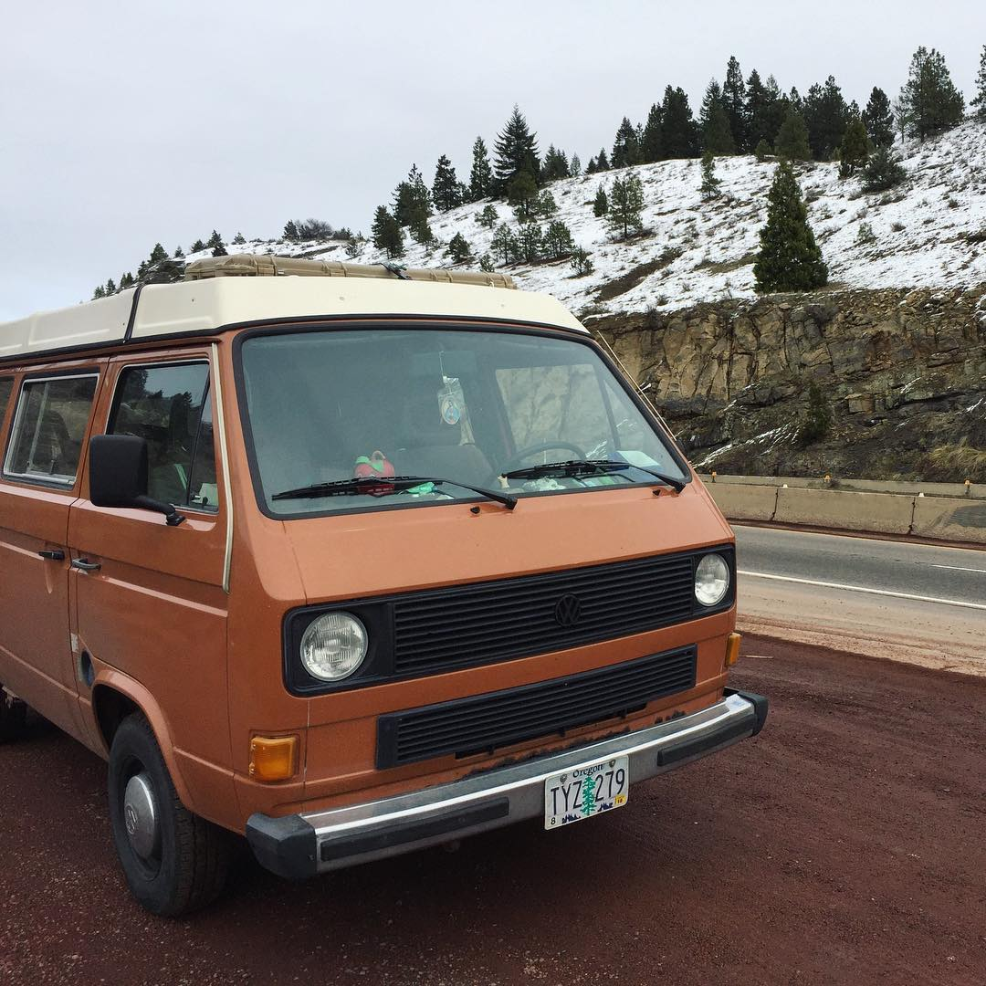 Vanagon on I5 highway, some snow